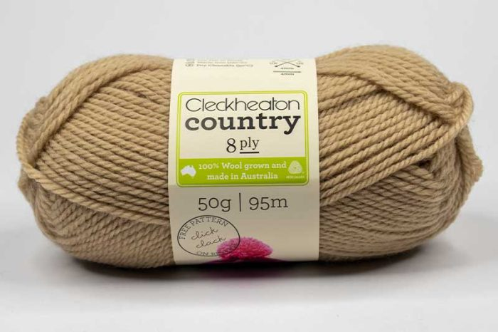 Cleckheaton Country 8 ply Wheat