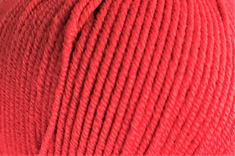 Cleckheaton Superfine 8 ply Red