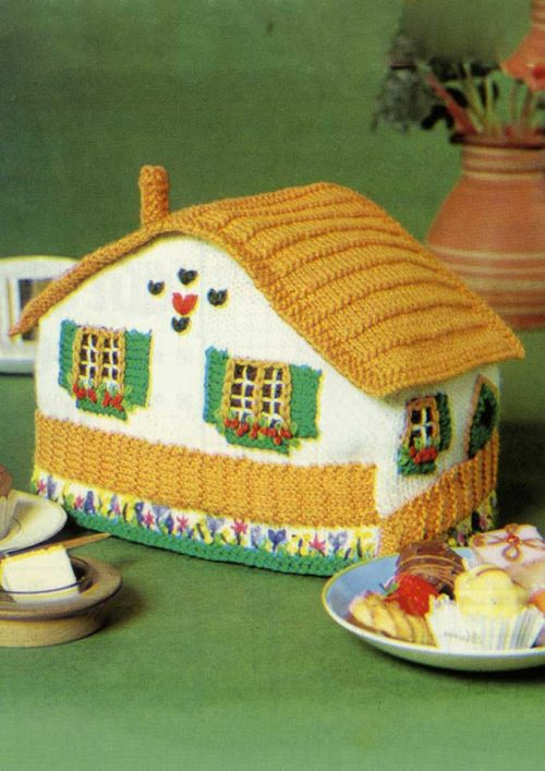 Patons Totem 8 ply Cottage Tea Cosy